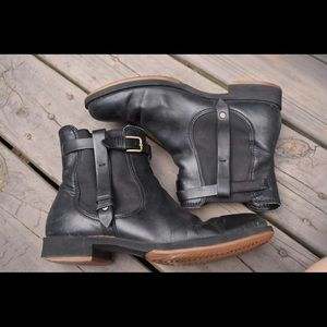 🌿Ecco Black Buckle Chelsea Ankle Boots